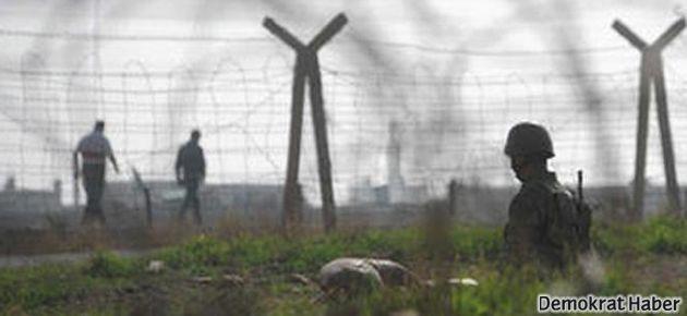 Askerler sınırda 3 kişiyi öldürdü