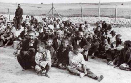 Atatürk katliamı yapanları tebrik etmiş