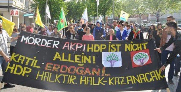 Avrupa'da binler 'Erdoğan seni başkan yaptırmayacağız' sloganıyla yürüdü
