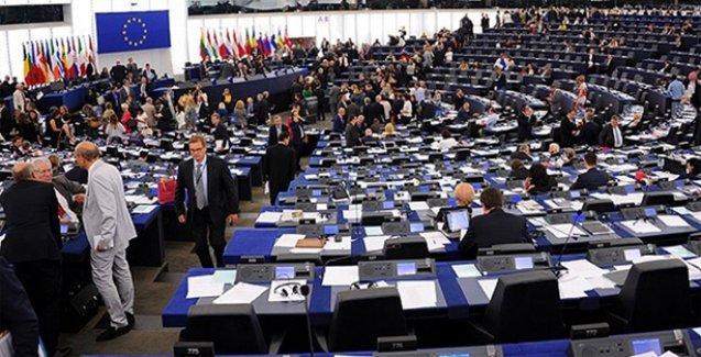 Avrupa Parlamentosu'ndan Türkiye'ye sert uyarı