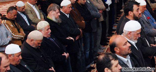 Bakanları savunan imama tepki