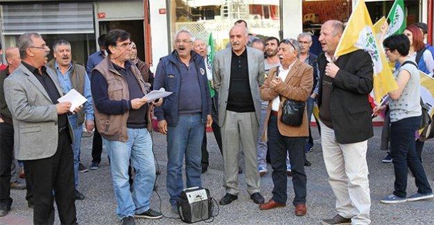 Balıkesir'de HDP'lilere saldırı: Küfür edip cam şişe fırlattılar