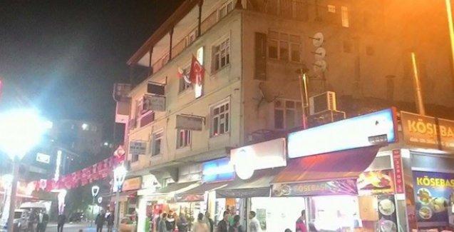 Bartın'da HDP il binasına polis gözetiminde saldırı!