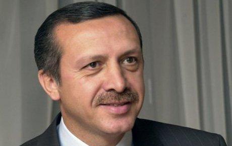 Başbakan 10 bin lira tazminat kazandı