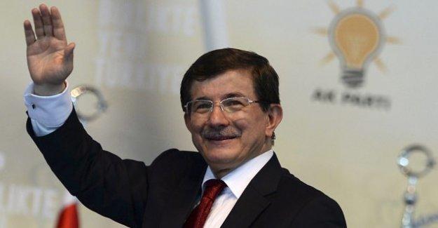 Başbakan Davutoğlu'dan 'silahları gömelim' çağrısı
