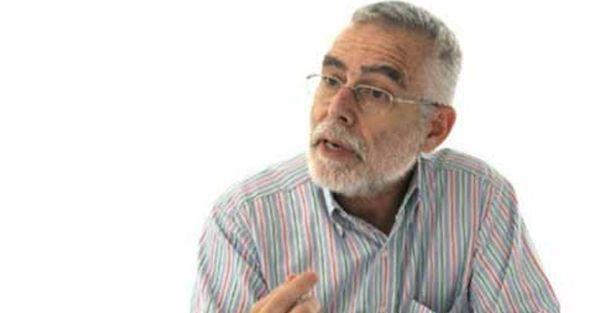 Baskın Oran'dan Metin Feyzioğlu'nun dekanlık hikâyesi