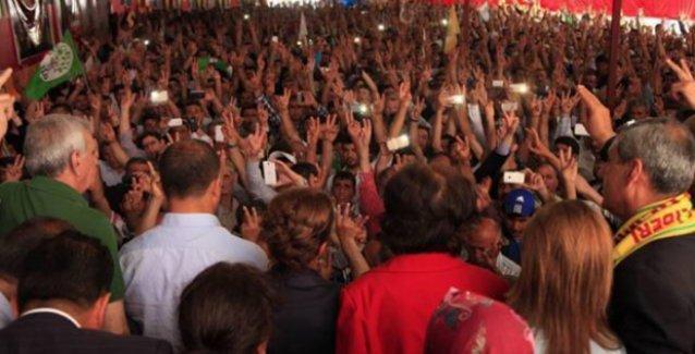 Batman'da AKP üyeleri ve 47 köy muhtarı HDP'ye geçti