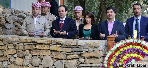 Baydemir'den Mustafa Barzani anıtına ziyaret