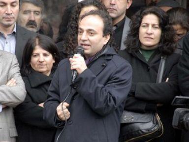 Baydemir'den sert tepki: Burada siyasetin S'si yok