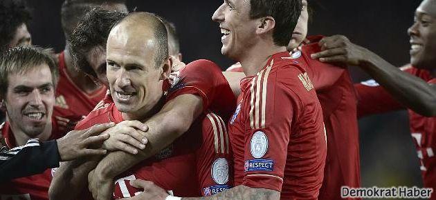 Bayern Münih, Barcelona'yı gole doyurdu