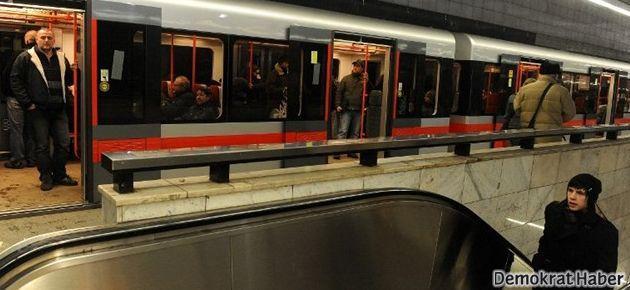 Bekarlara özel 'aşk' metrosu