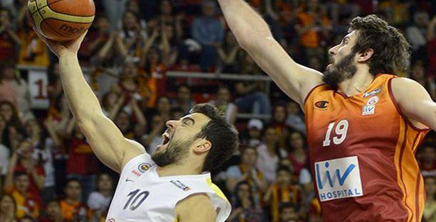 Beko Basketbol Ligi'nde şampiyonluk son maça kaldı
