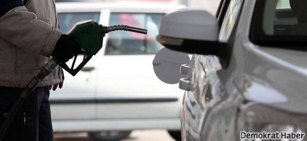 Benzin fiyatı rekor seviyeye çıktı
