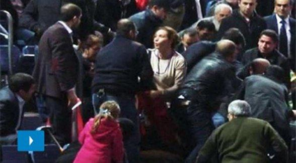 AKP kongresinde Berkin Elvan pankartı açanlara hapis cezası