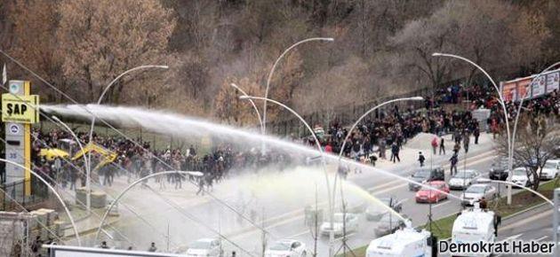 Berkin Elvan için yapılan eyleme polis müdahalesi