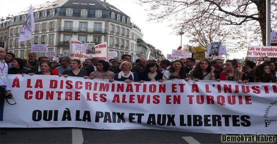 Binlerce Alevi Strasbourg'da Erdoğan'ı protesto etti
