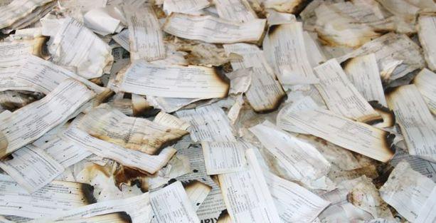 Bismil'de binlerce seçmen kağıdı çöpte bulundu