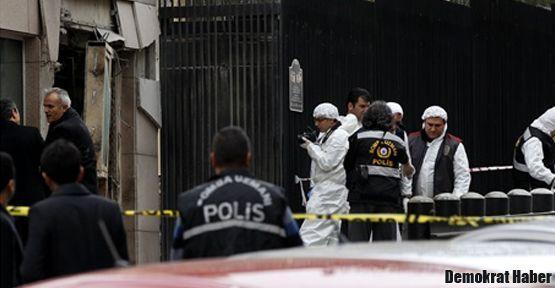 Büyükelçilik bombalamasında 3 kişi serbest
