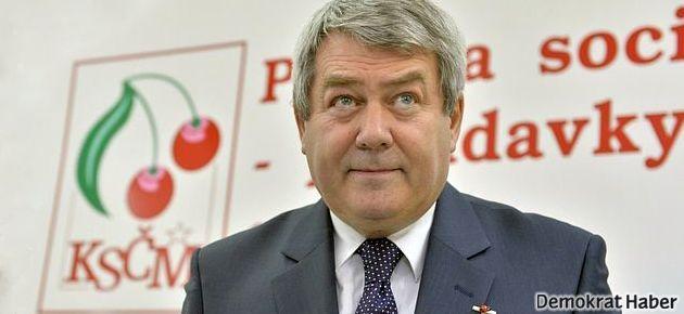 Çek Cumhuriyeti'nde sağ partilere ağır darbe
