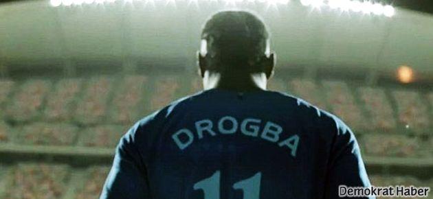 Chelsea formalı Drogba şaşırttı
