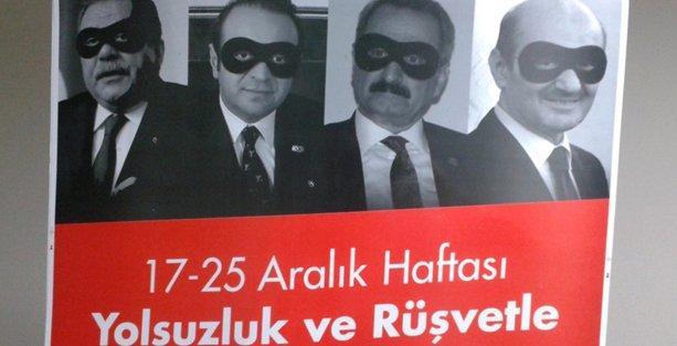 CHP, 17 Aralık'ın yıldönümü için maskeli afişler hazırladı