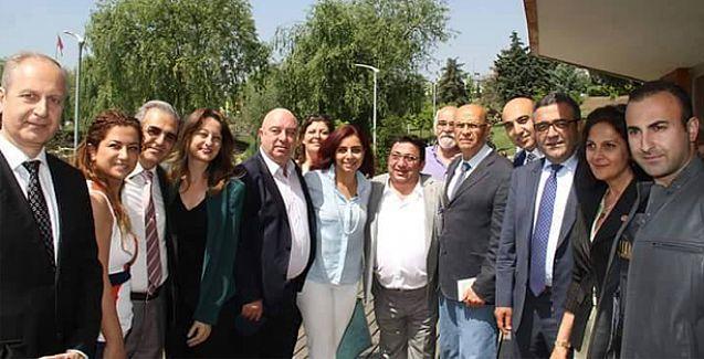 CHP, Ermeni, Süryani ve Rum toplumu temsilcileriyle bir araya geldi