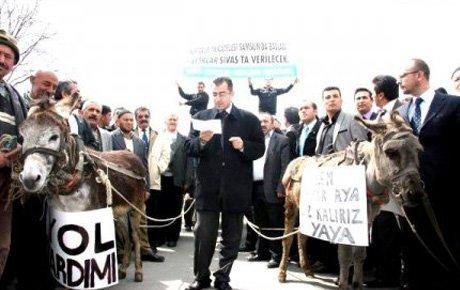 Çiftçiler akaryakıt zammını protesto etti