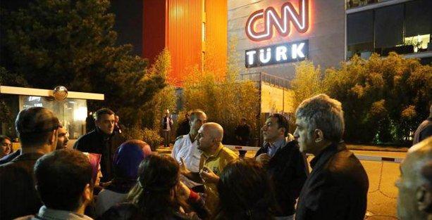 CNN Türk binası önünde Kobani protestosu