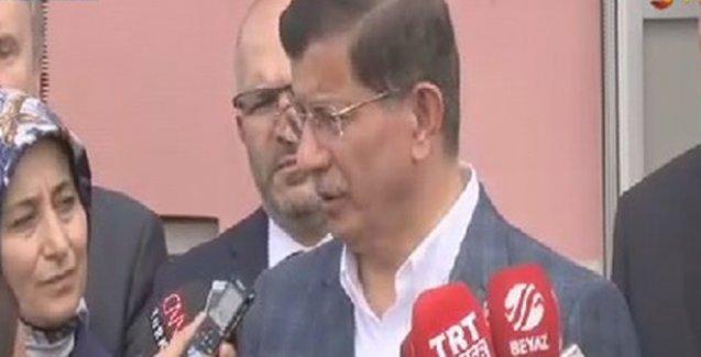 Davutoğlu: HDP saldırısı ile bağlantılı bir zanlı yakalandı