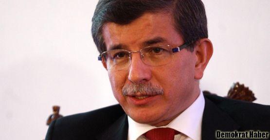 Davutoğlu'na göre Türkiye sütten çıkmış ak kaşık