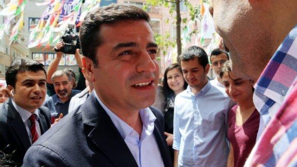 Demirtaş: AKP haricindeki diğer seçeneklere kapımız açık
