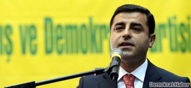 'Başbakan Roboski'de vur emrini vereni biliyor'