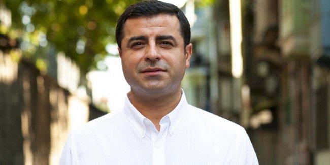 Demirtaş: Başkanlığı destekleyerek 40 yıllık emeğimizi Tayyip Bey'e feda etmeyiz