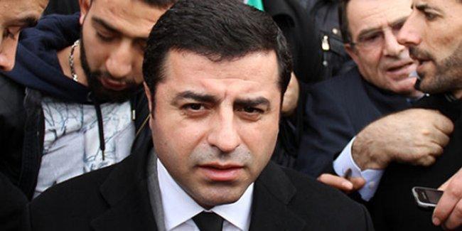 Demirtaş'tan açıklama: AKP'yi köşeye sıkıştıran bizim mücadelemizdir