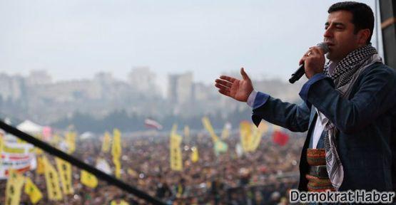 Demirtaş: Biz AKP'yle seçim işbirliği değil, müzakere yapıyoruz