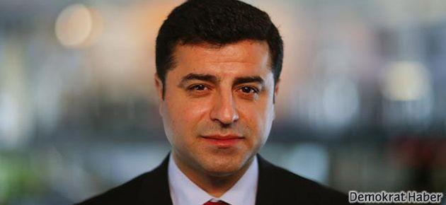 Demirtaş: Perwer 'gelişim politik olmamalı' dedi, AKP'nin davetiyle geldi