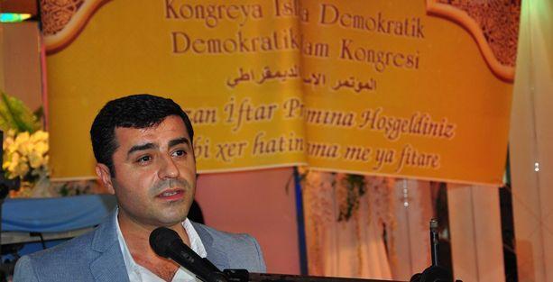 Demirtaş'tan Erdoğan'a: 'Benim Ermeni, Rum kardeşim' dememiştir, diyemez