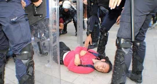 Denizli'de Berkin Elvan protestosu: 10 gözaltı