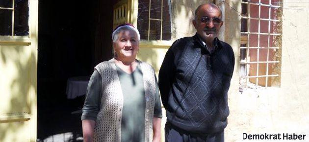 Derik'in son Ermenileri kiliseyi bırakamıyor