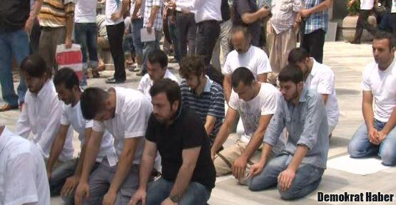 'Devrimci Müslümanlar'dan isyan orucu
