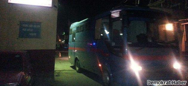 Diyarbakır E Tipi Cezaevi'nde isyan: 4 yaralı