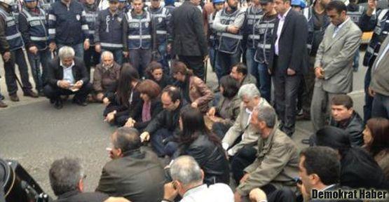 Diyarbakır eyleminde olaylar çıktı