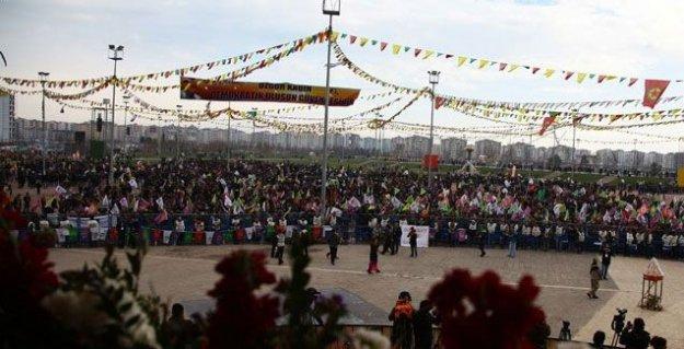 Diyarbakır Newroz'a uyandı: Hazırlıklar tamam, Öcalan'ın mesajı merak ediliyor