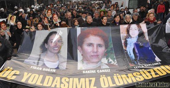 Diyarbakır üç Kürt kadın için ayaktaydı
