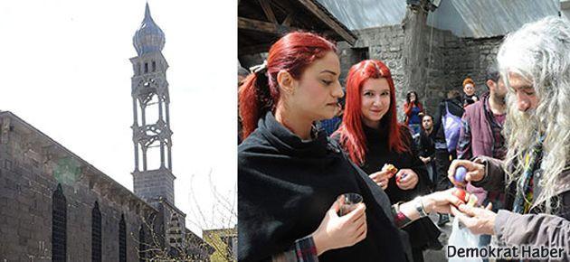 Diyarbakır'da 98 yıl aradan sonra çan sesi ve Paskalya kutlaması