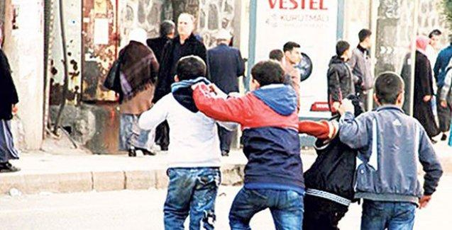 Polisin fişlediği 872 çocuğun listesini Milli Eğitim Müdürlüğü paylaştı!