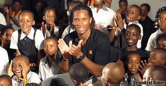 Drogba: Sadece bir futbolcu değil