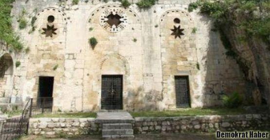 Dünyanın ilk mağara kilisesi restore edilecek