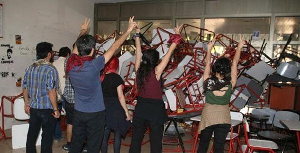 Ege Üniversitesi'nde işgal eylemine gece müdahalesi: 38 gözaltı