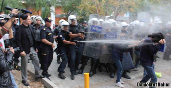 Ege'de YÖK protestosuna müdahale